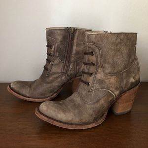 Circle G Western Ankle Boots